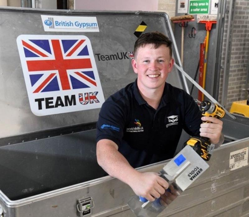 Plaisterers support Worldskills UK in the international competition in Kazan, Russia