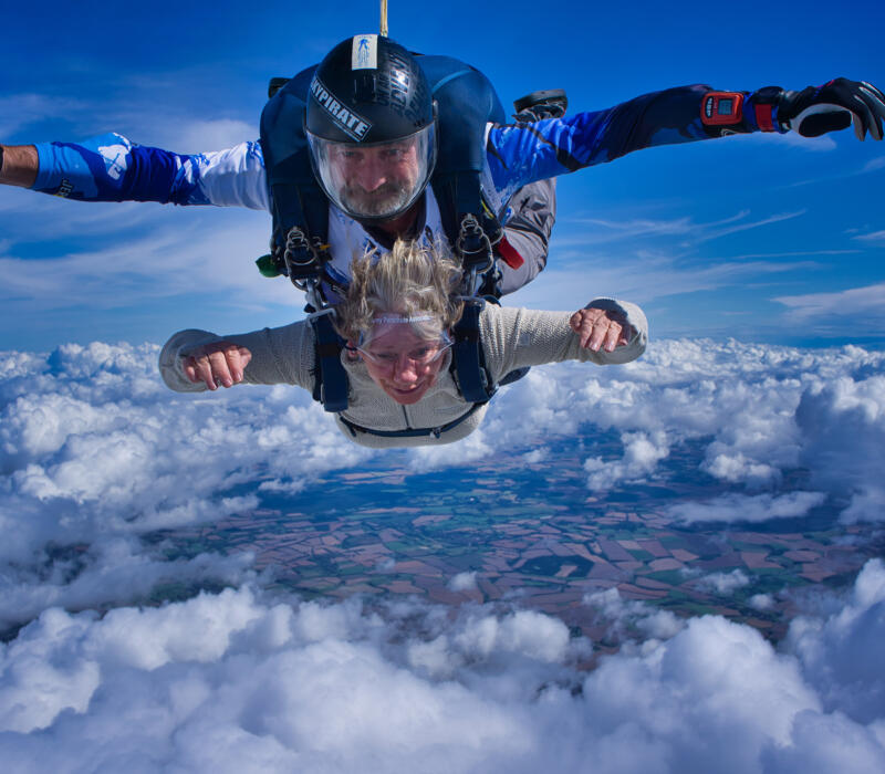Charity skydive for SRRA